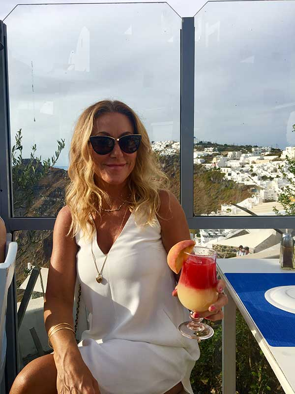 Cocktails in Santorini