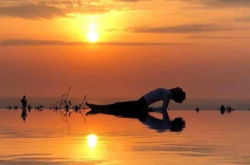 Santorini Greece 2022 yoga
